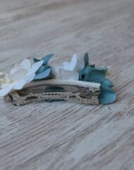 Pasador flores secas blanco y azul esmeralda 2